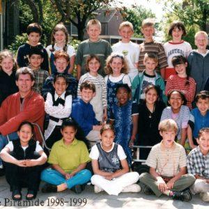 10 OBS De Piramide 1998 1999 B