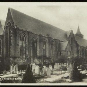 Grote_Kerk_Begraafplaats_0008